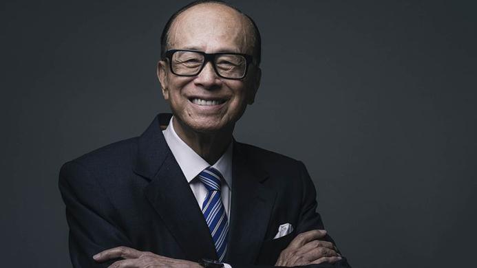 """""""退出中国""""的李嘉诚 2017年日子更不好过"""