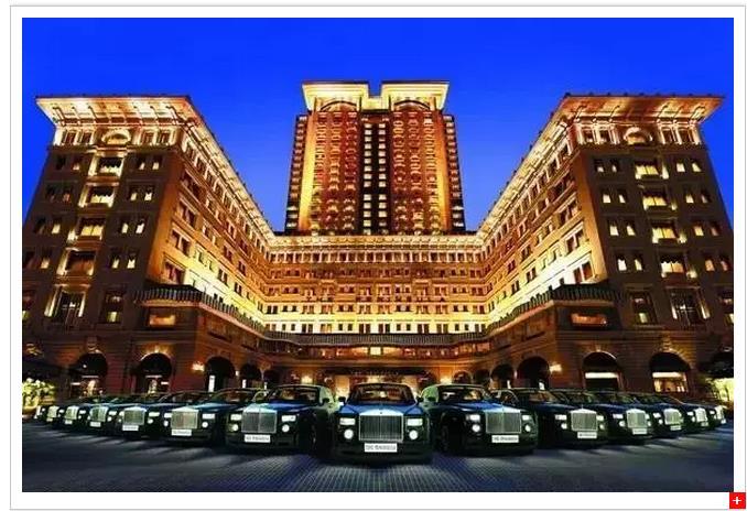 大酒店旗下的香港半岛酒店
